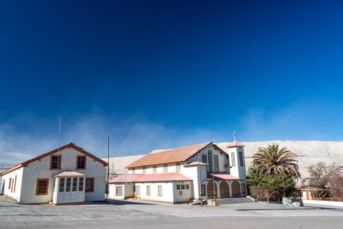 chuquicamata_ghost_town_church1
